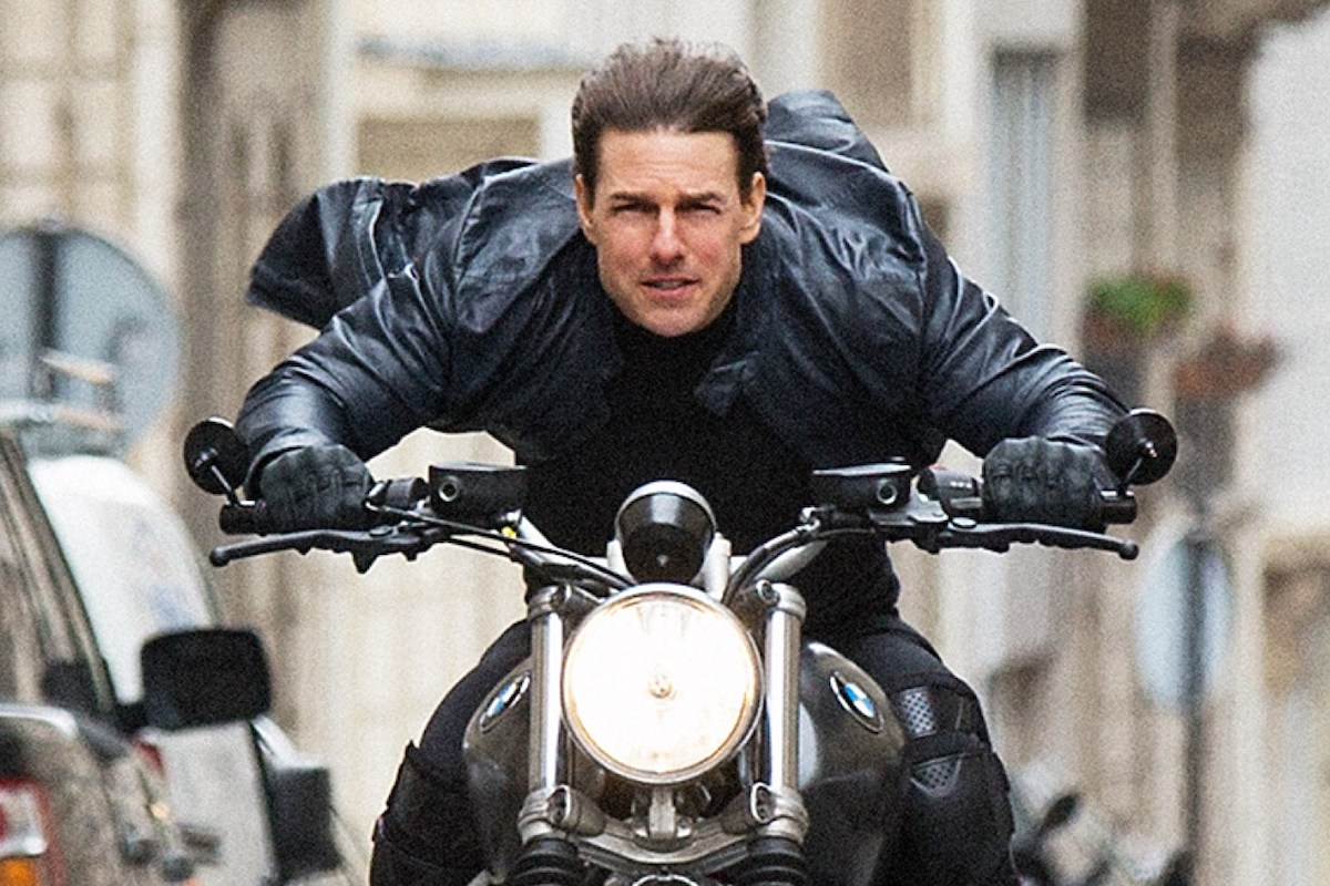 How Tom Cruise Filmed That Crazy Cycle Chase In Mission Impossible Fallout Military Com
