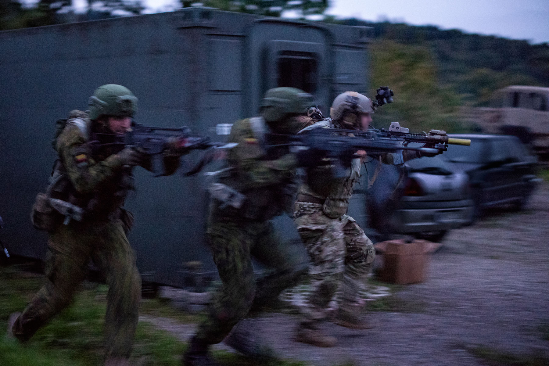 dod officials  irregular warfare  information ops key to