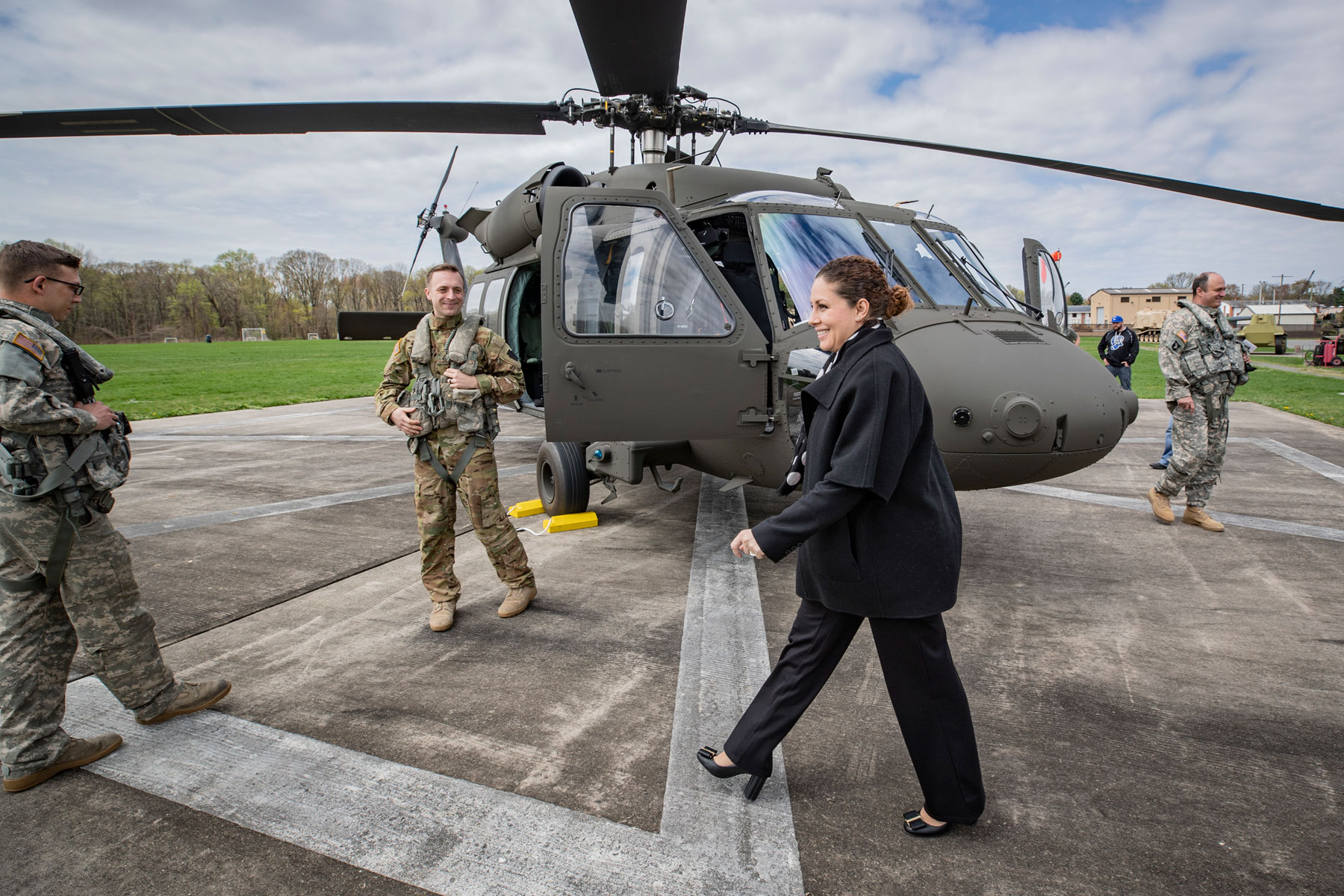 US Gives 3 Black Hawk Helicopters to Albania Military