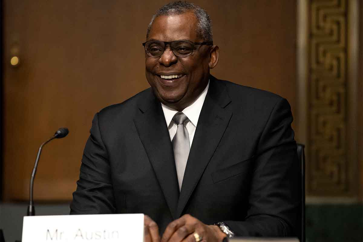 It S Official Lloyd Austin Is The First Black Defense Secretary Military Com