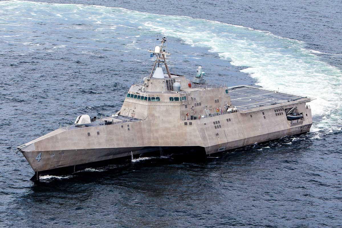 Barco de combate litoral