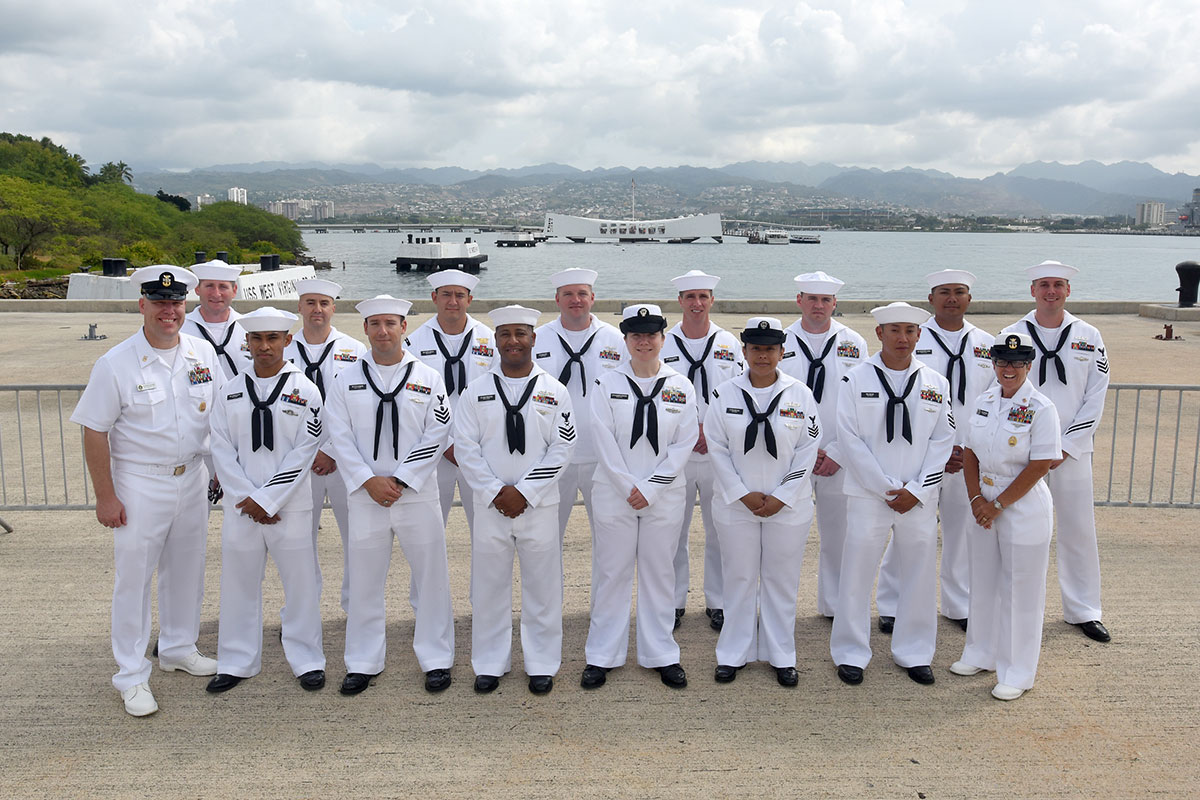 pacflt announces 2015 sea  shore sailors of the year