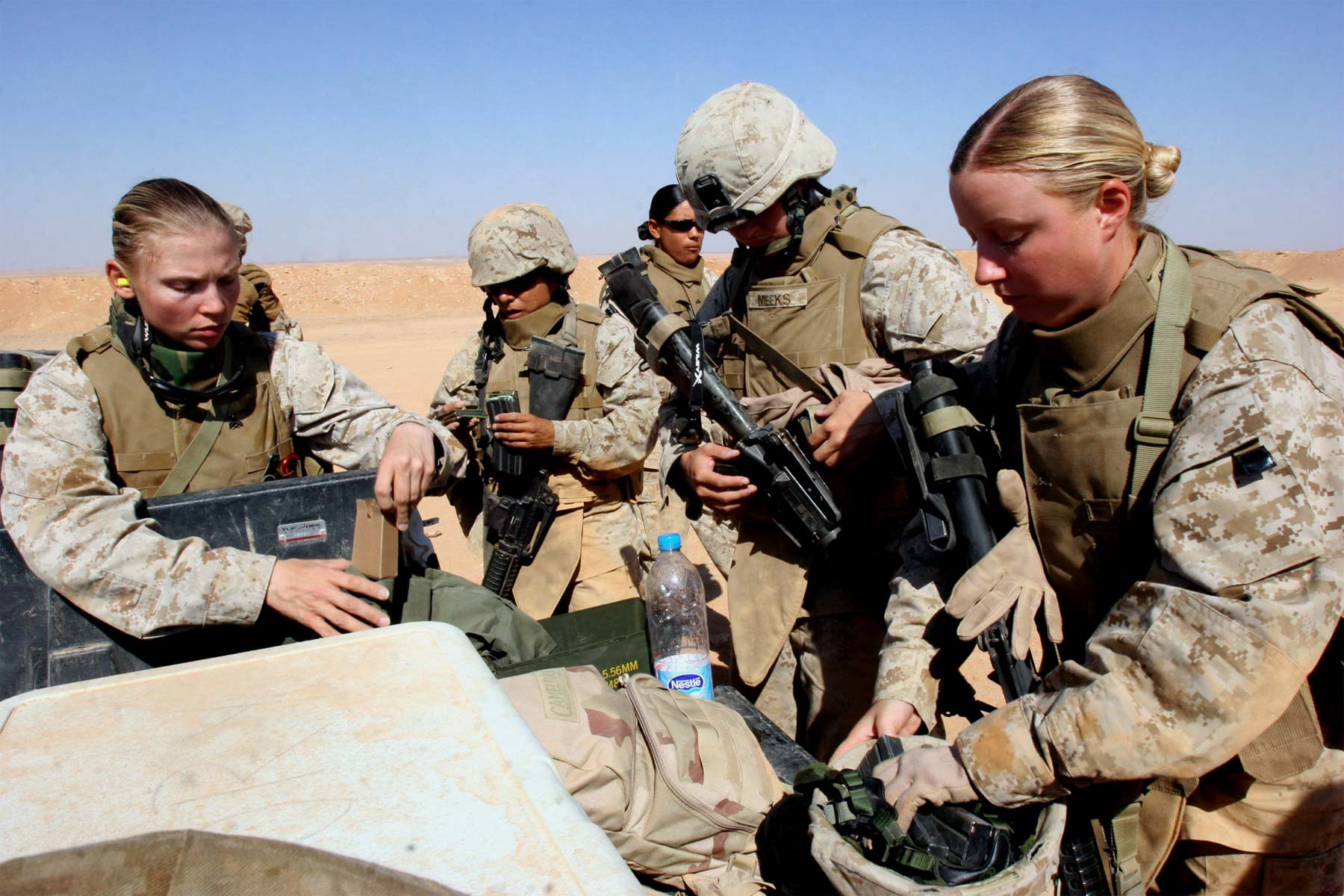 Of female military us officers pictures List of