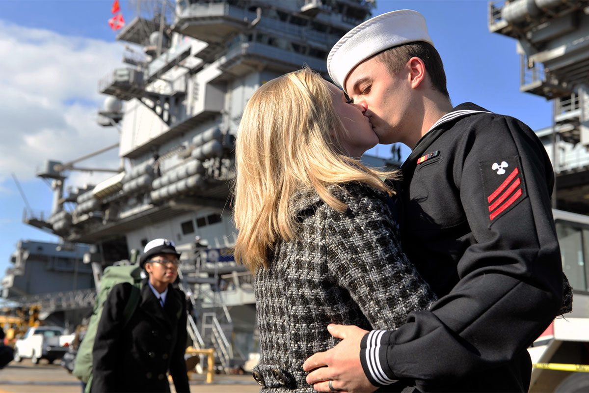 how the navy helps spouses find jobs