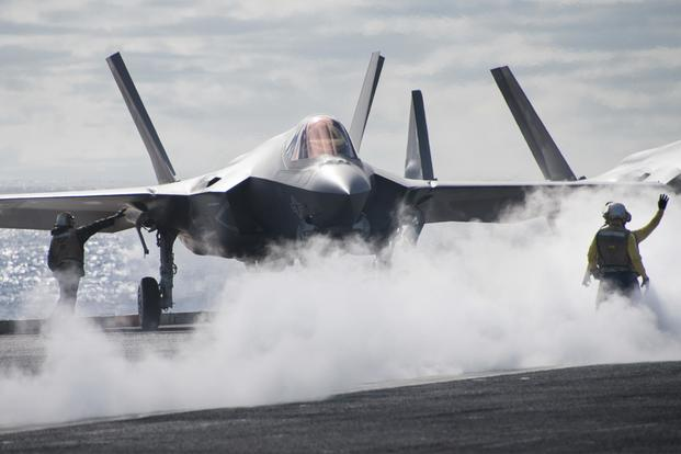0ceea305e0a Navy Achieves New F-35 Fighter Jet Milestone on USS Carl Vinson ...