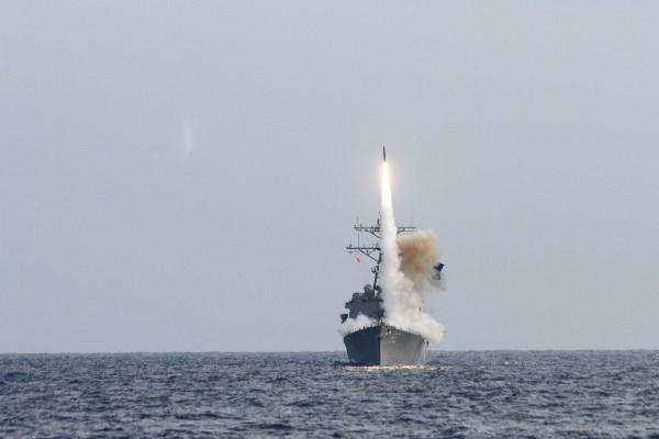The Arleigh Burke-class guided-missile destroyer USS Lassen (DDG 82) launches a Standard Missile (SM-2) as a part of Multi-Sail 13 in the Pacific Ocean, April 11, 2013. (U.S. Navy photo/Timothy Tran)