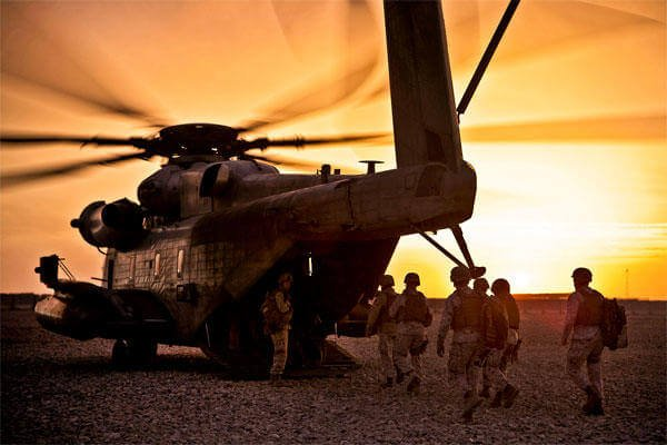 Marines board a CH-53 Sea Stallion helicopter in Helmand province, Afghanistan. Two Sea Stallions collided the night of Jan. 14 off Oahu with 12 crewmembers on board. (Marine Corps photo)