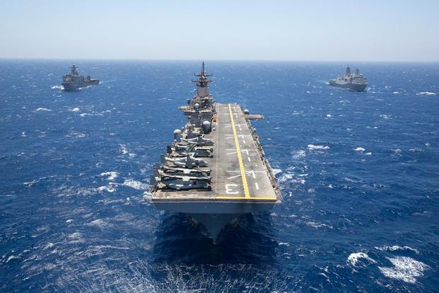 Amphibious Assault Ship USS Kearsarge (Navy Photo)