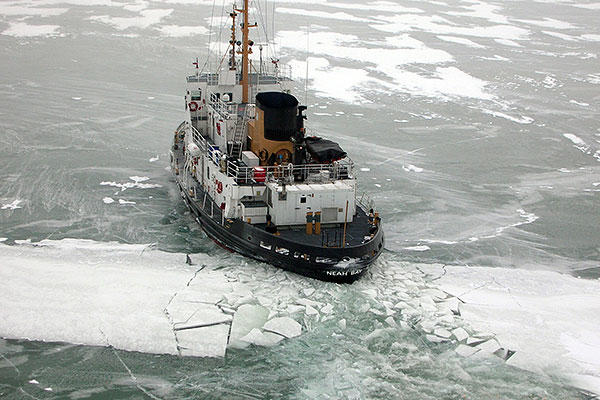 The cutter Neah Bay breaks Great lakes ice approximately 50 miles east of Grosse Isle, Mich. Neah Bay, homeported in Cleveland, is participating in the Ninth Coast Guard District's Operation Coal Shovel. (U.S. Coast Guard photo)