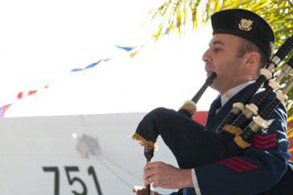coast guard honors fallen shipmate u0026 39 s life  service