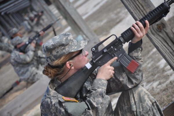 A private practices marksmanship on a rifle range at Fort Jackson, South Carolina, in 2013. (US Army photo)