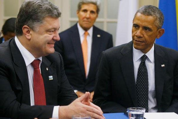 Ukraine President Petro Petro Poroshenko (left) and President Obama. (Photo: AP)