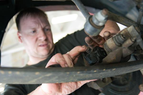 Auto Repair: Checking Your Brake Pedal | Military com