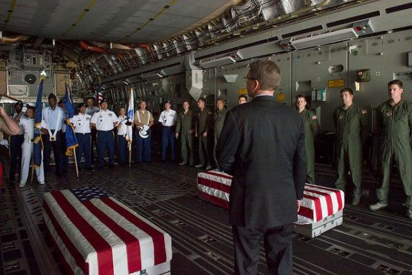 Defense Secretary Ash Carter thanks Defense POW/MIA Accounting Agency troops after an April 13, 2016, ceremony in New Delhi to repatriate the remains of airmen who crashed in India during World War II. (Photo by Adrian Cadiz/U.S. Defense Department)