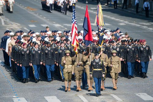 American soldiers, sailors, airmen and Marines lead the annual Bastille Day military parade down the Champs-Elysees in Paris, July 14, 2017. (DoD photo/Dominique Pineiro)